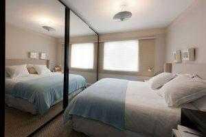 Quarto pequeno: saibacomo organizar os móveis e decorar o ambiente